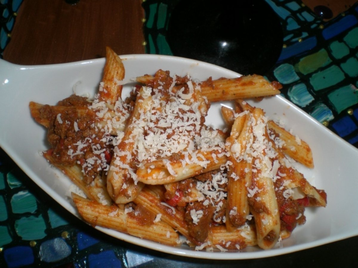 Penne pasta with meat sauce recipe