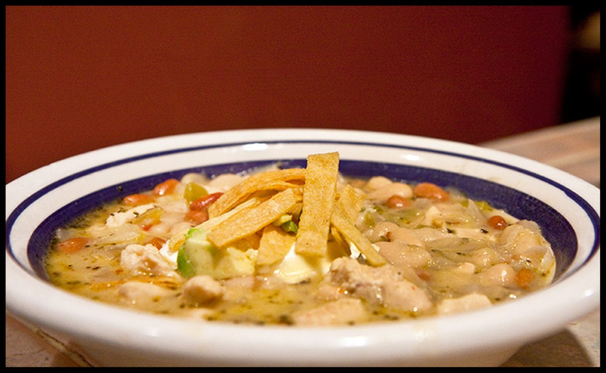 Clinton Kellys Slow Cooker White Bean Chicken Chili