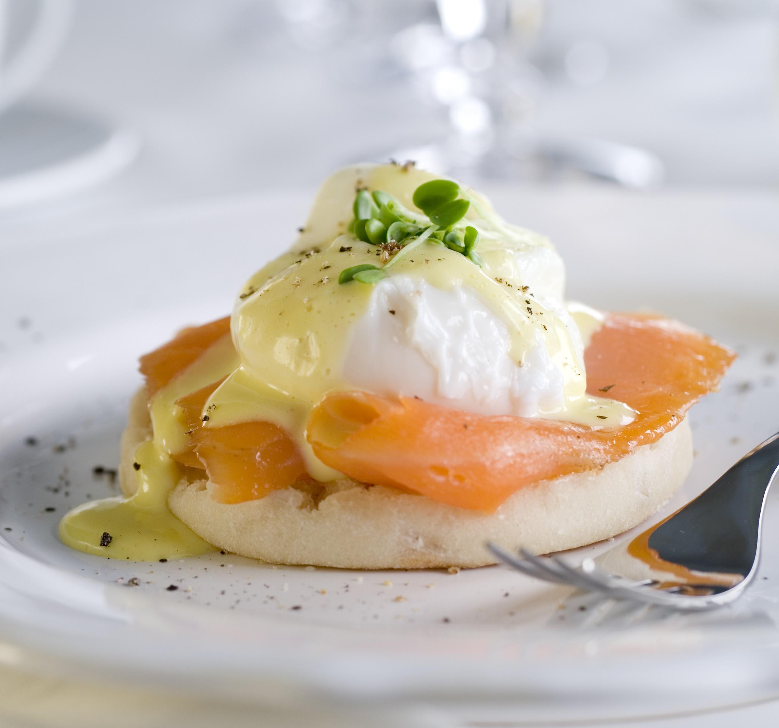 Eggs Benedict with Smoked Salmon - BigOven