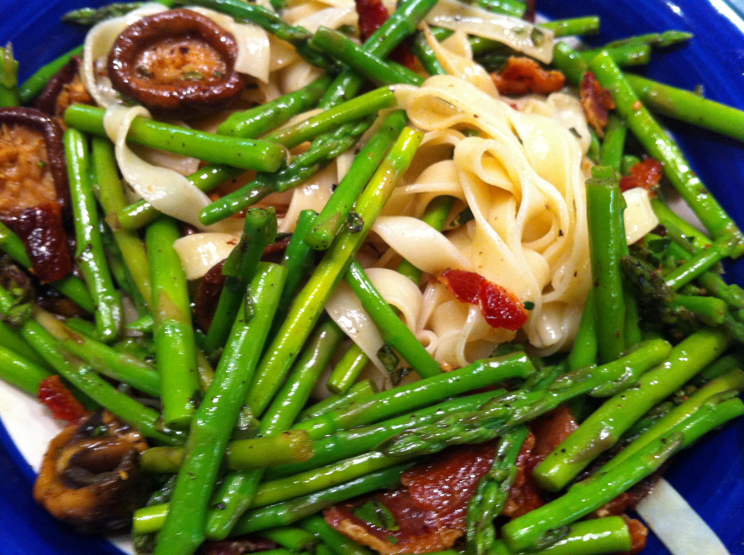 Fettucine Asparagus with Shiitake and Smoked Bacon - BigOven