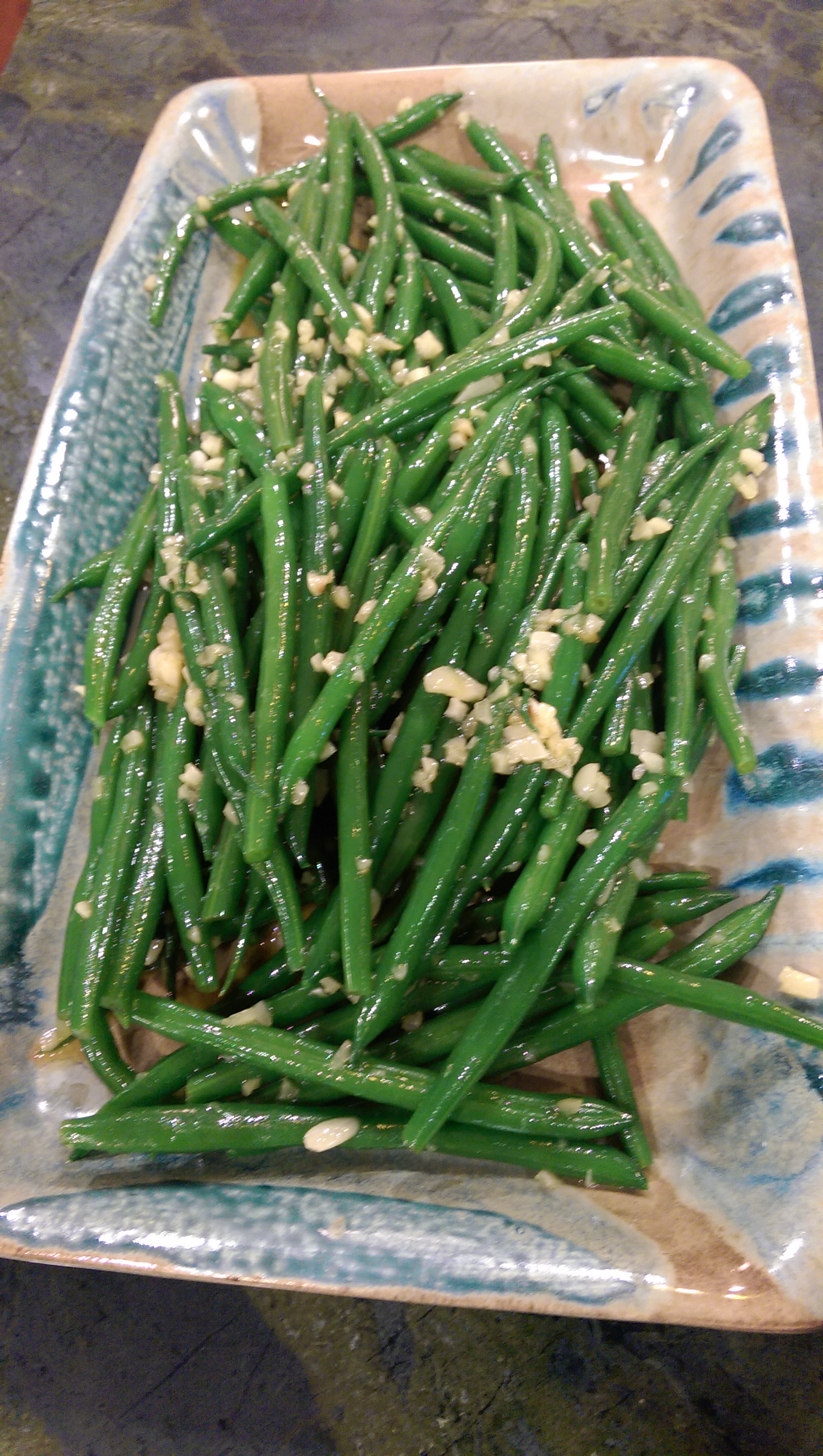 Green Beans with Garlic and Smoked Olive Oil - BigOven