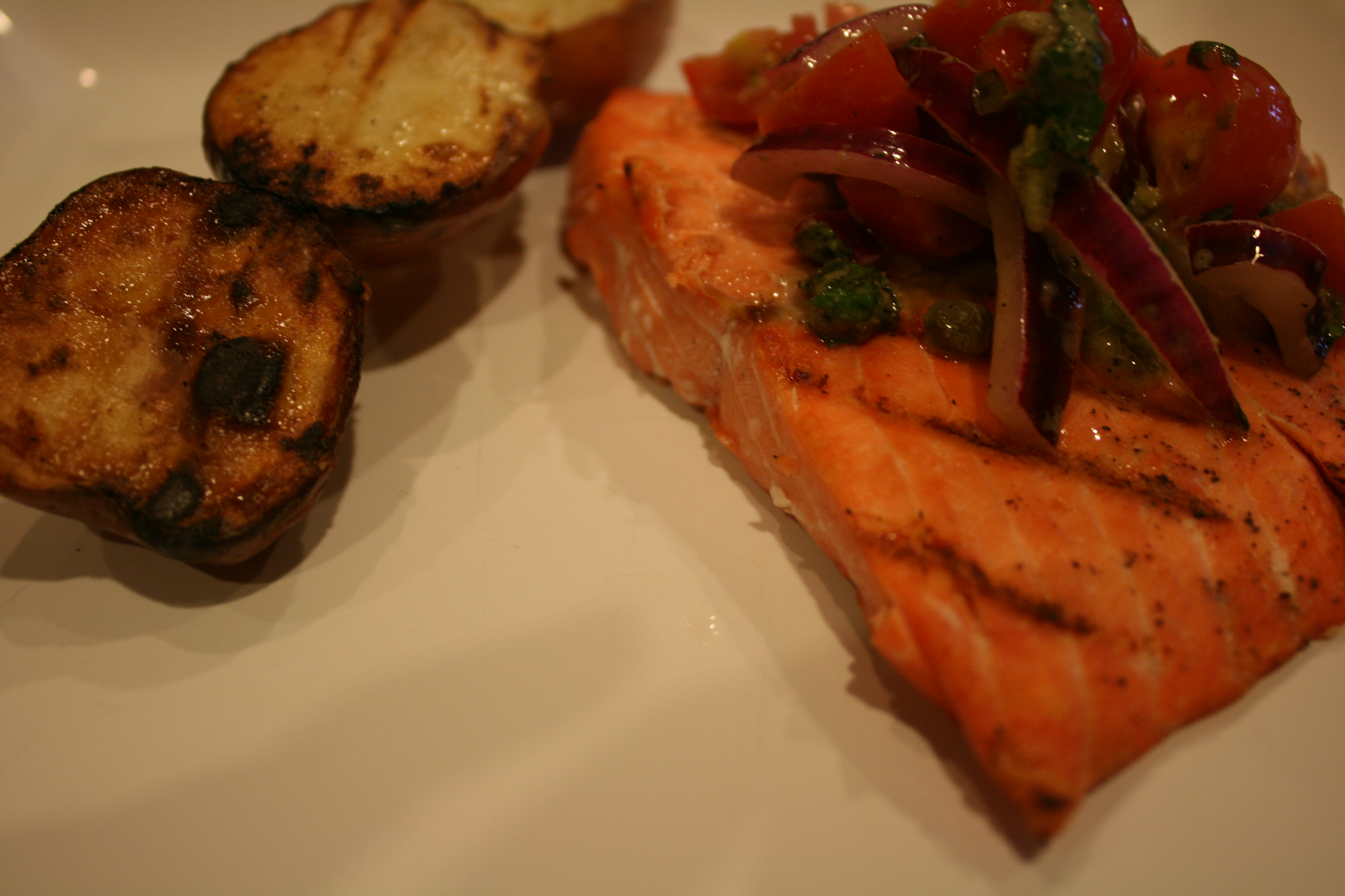 Grilled Salmon with Yukon Golds and Tomato-Red Onion Relish - BigOven