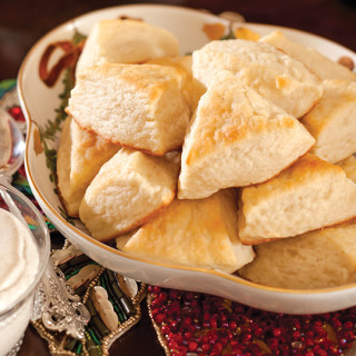 Angel Scones with Spiced Cream