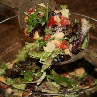 Artichoke & Sun-dried Tomato Salad with Parmesan-romano Vinaigrette
