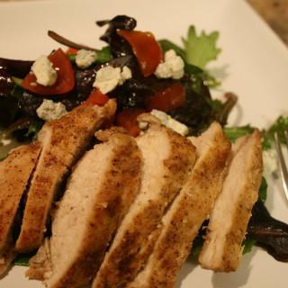 Black & Blue Chicken Salad