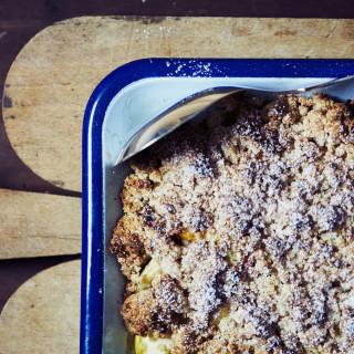 Æblecrumble med marcipan - Stop spild af julens mad.