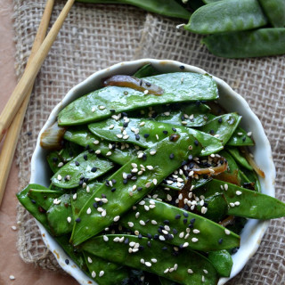 Chícharo chino glaseado con salsa de soya