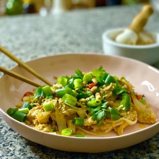 Chicken Pad Thai with Shurataki Noodles