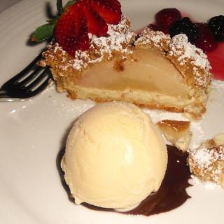 Cinnamon Sugar Apple Pie