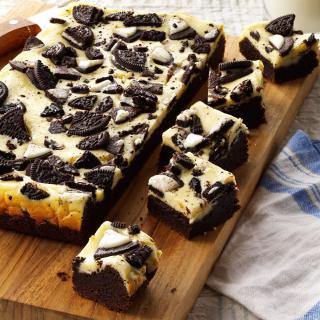 Cookies & Cream Brownies