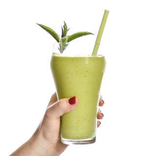 Creamy Avocado Mint Green Smoothie Recipe