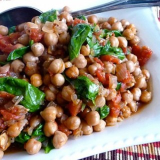 Crockpot Gingered Chickpea with Spicy Tomato Stew