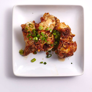 Cut Back on Oil With Air-Fried Chicken Wings