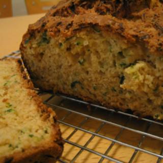 Diabetic Zucchini Bread (Low Sugar, Low Calorie, Low Fat )