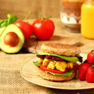 Easy $3 Vegan Breakfast Sandwich