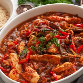 Easy Chicken Marengo With Mushrooms, Garlic, and Tomatoes