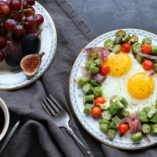Farmer's Market Countryside Breakfast