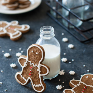 Gingerbread Cookies Recipe {Paleo, Gluten Free, Clean Eating, Dairy Free, V