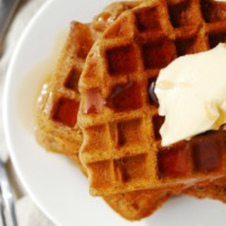 Gluten-free Vegan Gingerbread Waffles (Gluten, dairy, egg, soy, peanut and