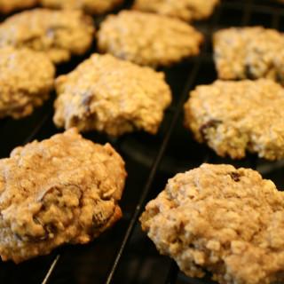 Guilt Free Oatmeal Raisin Cookies