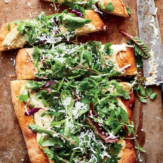 Hummus & Salad Pizza