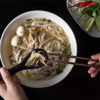 Instant Pot Pho Ga (Vietnamese Chicken Noodle Soup)