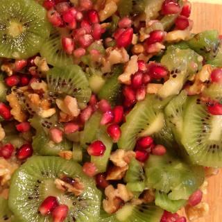 Kiwi, Pomegranate Salad