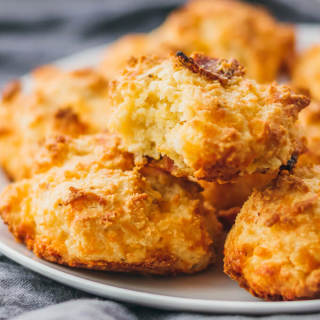 Low Carb Biscuits (Keto) With Almond Flour