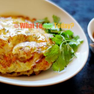 OMELETTE WITH GRAVY / EGG FOO YONG (4-6 servings)