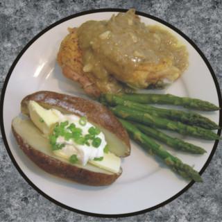 Oven Roasted Chicken With Onion & Garlic Gravy