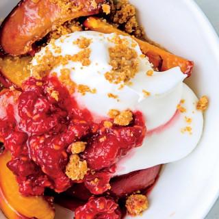 Peach Parfait With Salted Graham Cracker Crumble