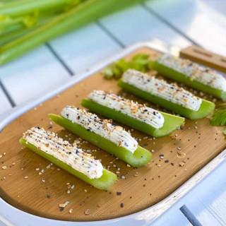 Pistachio-Stuffed Celery