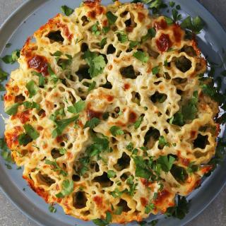 Pull-Apart Broccoli Chicken Alfredo Lasagna Rolls Recipe by Tasty