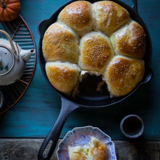 Pumpkin custard baked buns (8 large buns)
