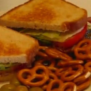 Quick Lunch Blt Sandwich