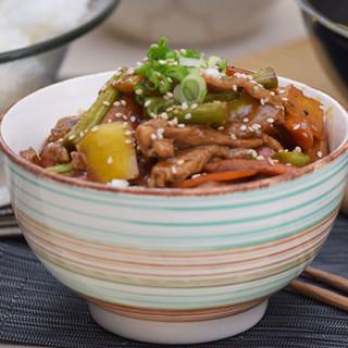 Receta de Teriyaki con carne de cerdo y verduras salteadas