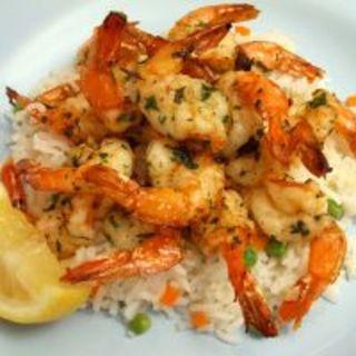 Red Lobster-Inspired Scampi Shrimp and Rice Pilaf