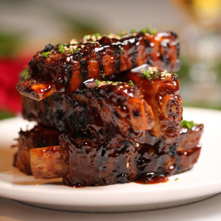 Roys Wood-Smoked Szechwan-Style Baby Back Pork Ribs