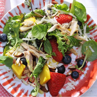Salad with Chicken, Basil, and Berries