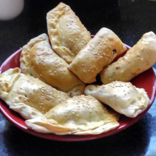 Sambusak with meat (Iraqi)