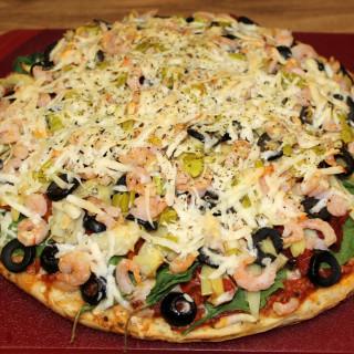 Seafood-N-EatIt Pizza