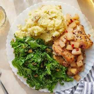Seared Chicken & Nectarine Chutney with Mashed Potatoes & Sautéed K