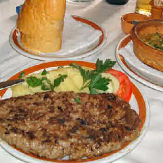 Serbian Pljeskavica Hamburgers