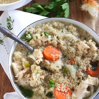 Slow Cooker Chicken Quinoa Soup