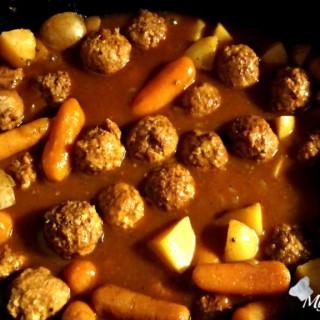Slow Cooker Meatball Stew {Weight Watchers Friendly}