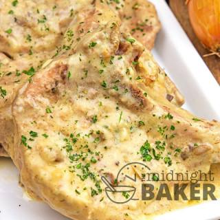 Slow Cooker Onion Cream Pork Chops