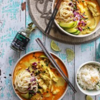 SPICY THAI RED CURRY CHICKEN WITH KAFFIR LIME LEAVES