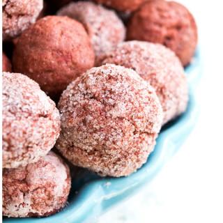 SPLENDA® Red Velvet Crinkle Cookies