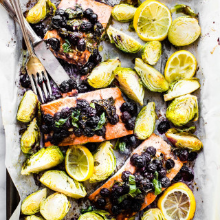 SUPER FOOD BAKED SALMON - ONE PAN MEAL