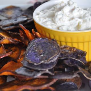 Sweet Potatoe Chips ad Onion Dip